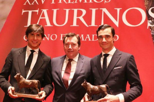 Ferrera, Ureña y Roca Rey triunfan en los premios del Casino.