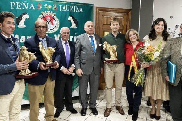 Leonardo y Adolfo Martín, premiados por la Peña Taurina Manuel Vidrié.