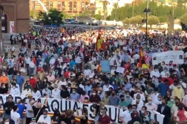 Madrid cierra con éxito los paseos reivindicativos del sector taurino